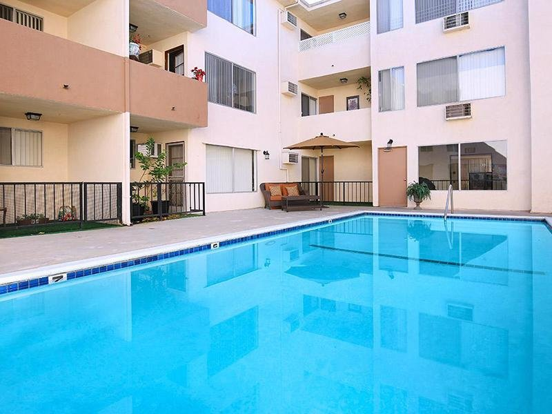 Apartments Studio City