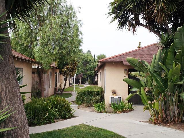Anaheim Cottages